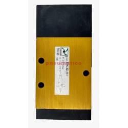 Zawór pneumatyczny - sprężyna 3/2 PNEUMAX